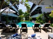 7 Outdoor Pool